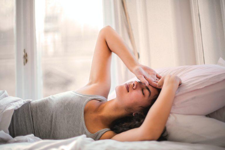 Jaké jsou příčiny nespavosti a jak řešit nespavost
